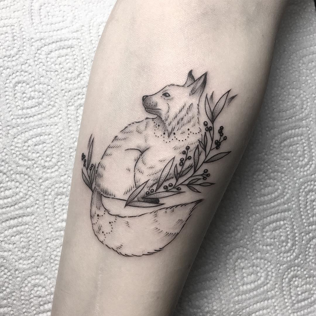 小臂小清新小狐狸纹身图案