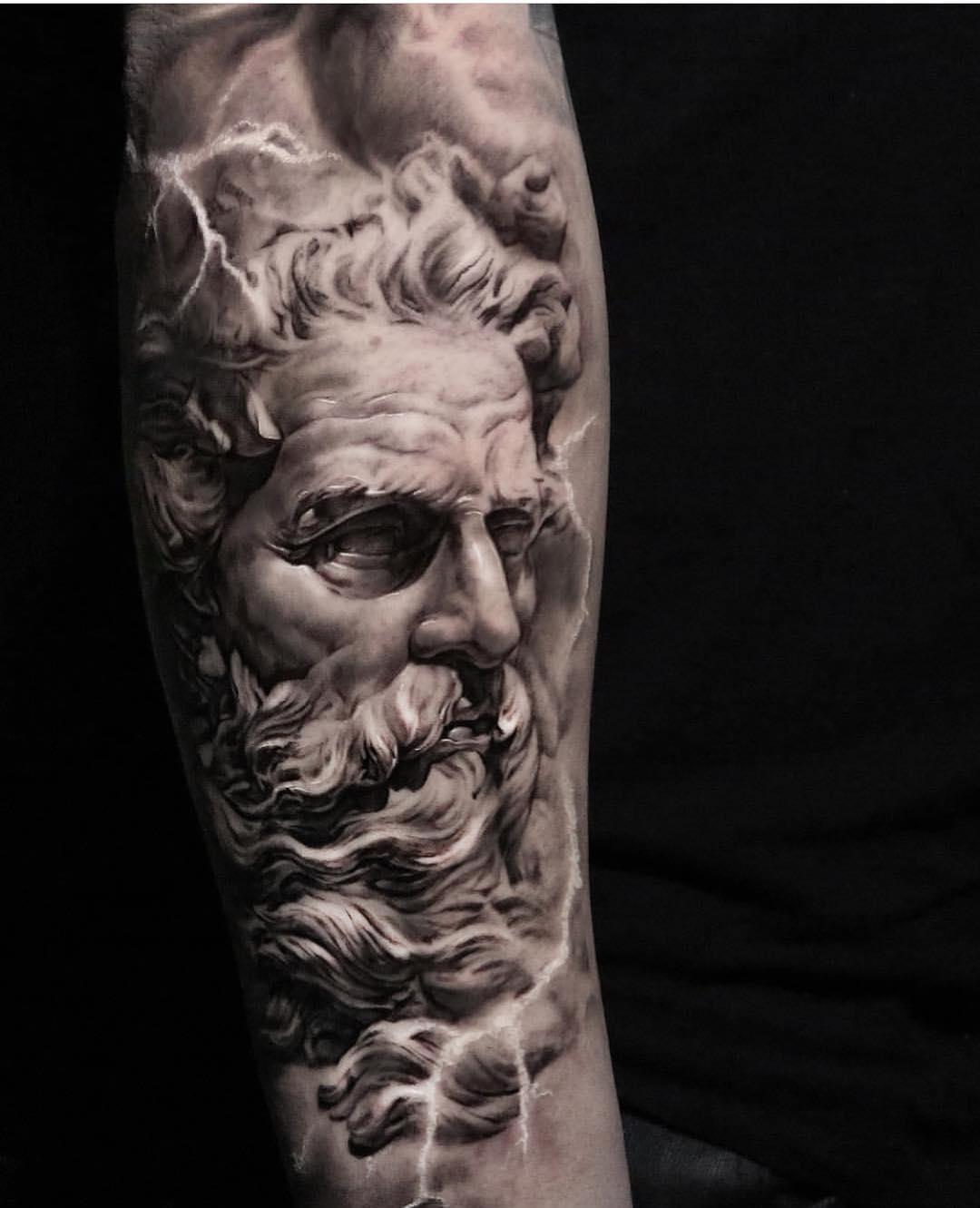 小腿欧美写实海神波塞冬肖像纹身图案图片
